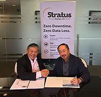 C3S Stratus Distri Signing 16DEC09