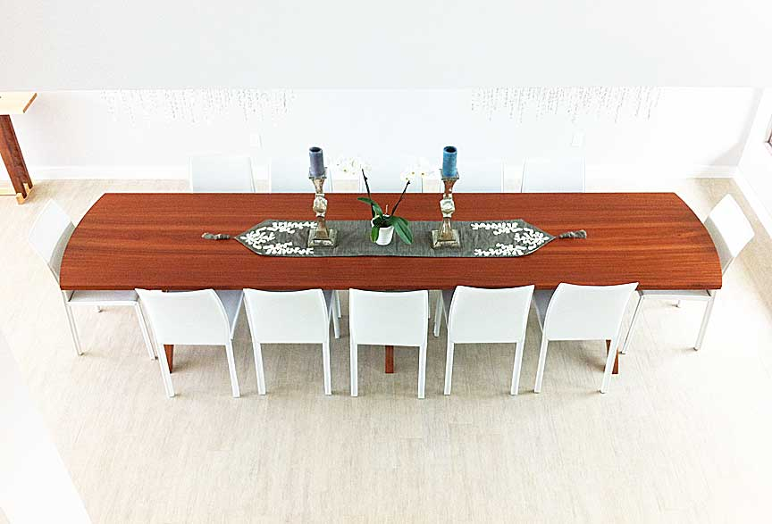 Luna Table in Mahogany