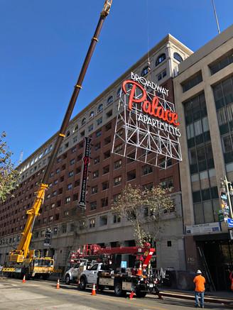 4 lift sign with 200ton crane e.jpg