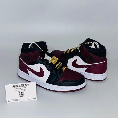 Nike Air Jordan 1 Mid 'Beetroot'