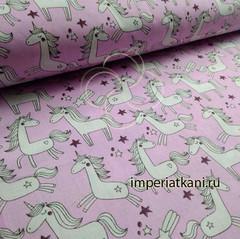 Единороги на розовом