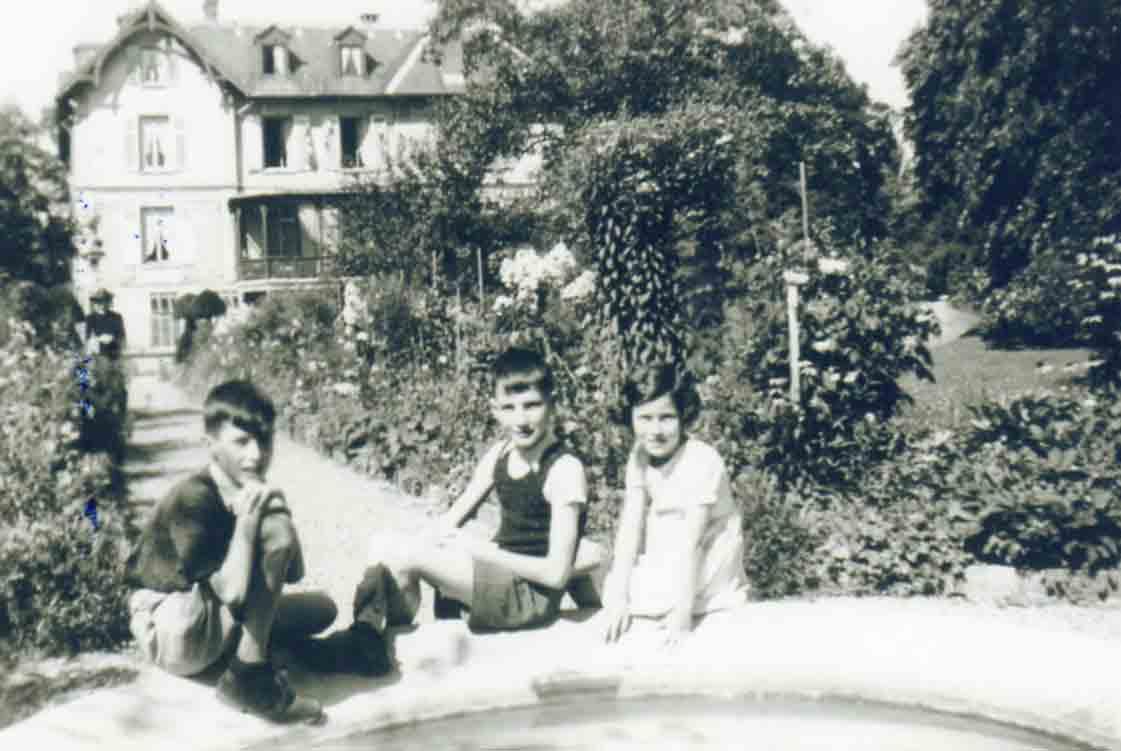 Boussiere1939DenisCourantMarieFranceEtBertrandZubePsr