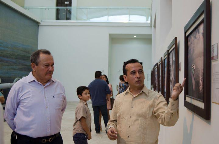 Junto al Vicealmirante CG DEM, José Pantaleón Demuner Flores, Jefe de Estado Mayor de la Primera Reg