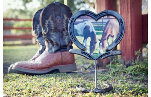 large horseshoe heart frame