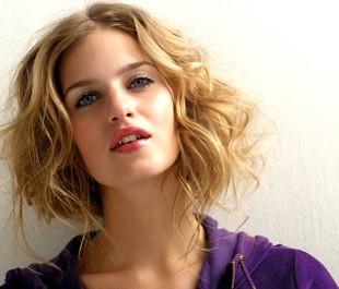 cheveux_une_coupe_dans_le_coup_rubrique_article_une