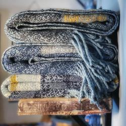 Scottish Wave Blankets