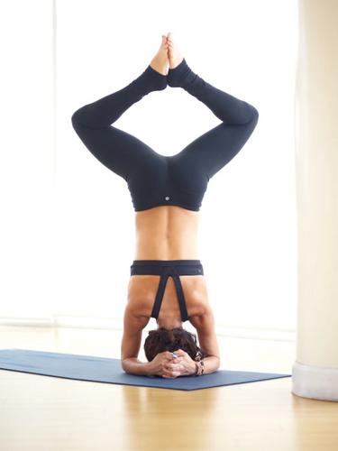hollywood-yoga-4.png
