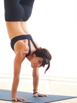 hollywood-yoga-5.png