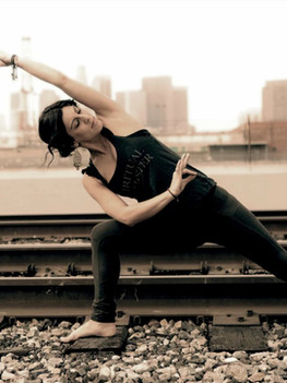 yoga-teacher-4.jpg