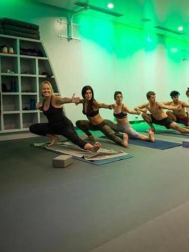 yoga-instructor-la-3.jpg