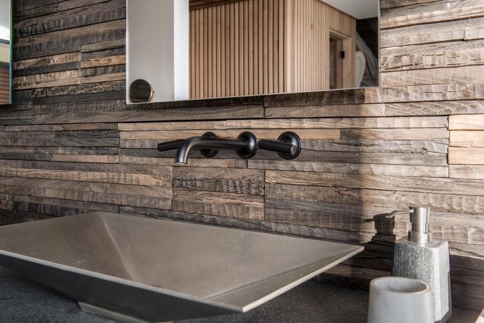 Jewel-Homes-Kyoto-Model-Master-Bath-5.jp
