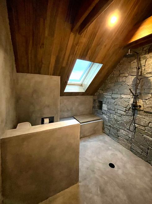 Jewel-Homes-Desert-Cabin-Interior-Master