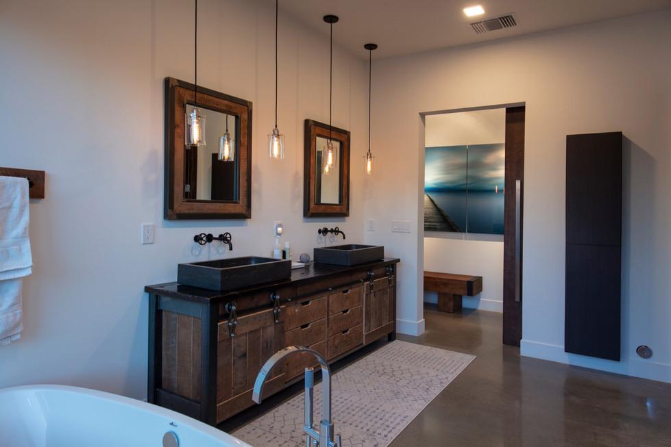 Jewel-Homes-Milos-Model-Master-Bath.jpg