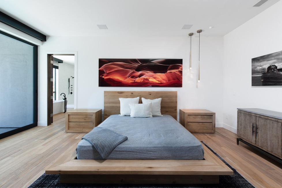 Allure-Model-Master-Bed-2.jpg