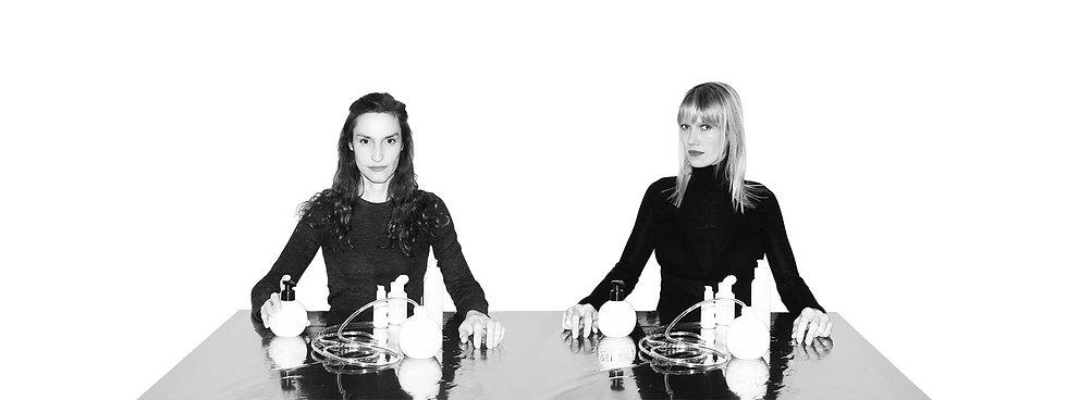 Sarah Bertounesque et Nolwen Le Sauc, fondatrices de Klask, cosmétiques pour peaux sensibles et réactives, 100% d'origine naturelle et efficaces