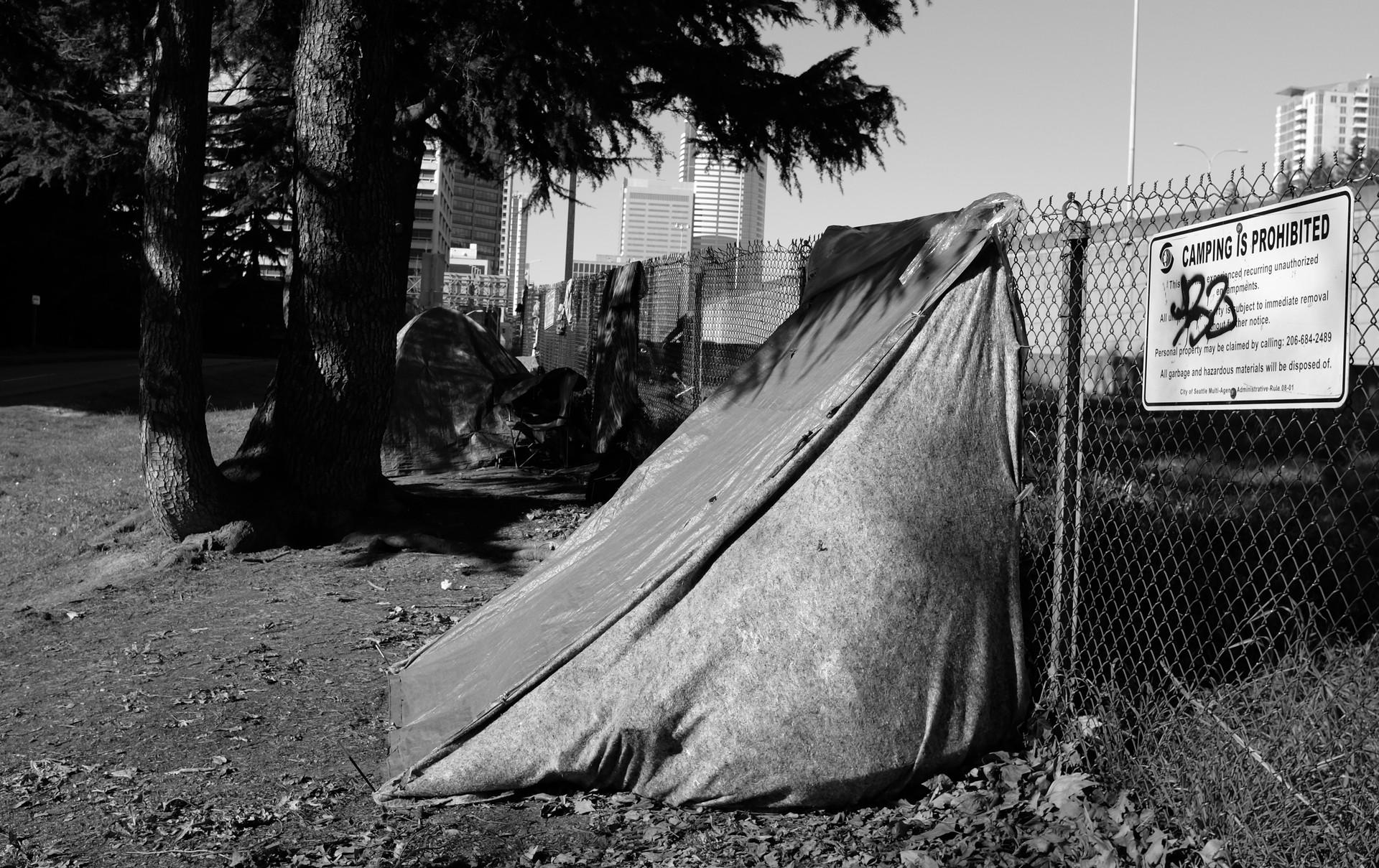 23_Freeway Fence Camp.jpg