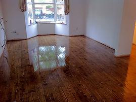 floor installation, sanding staining, varnishing