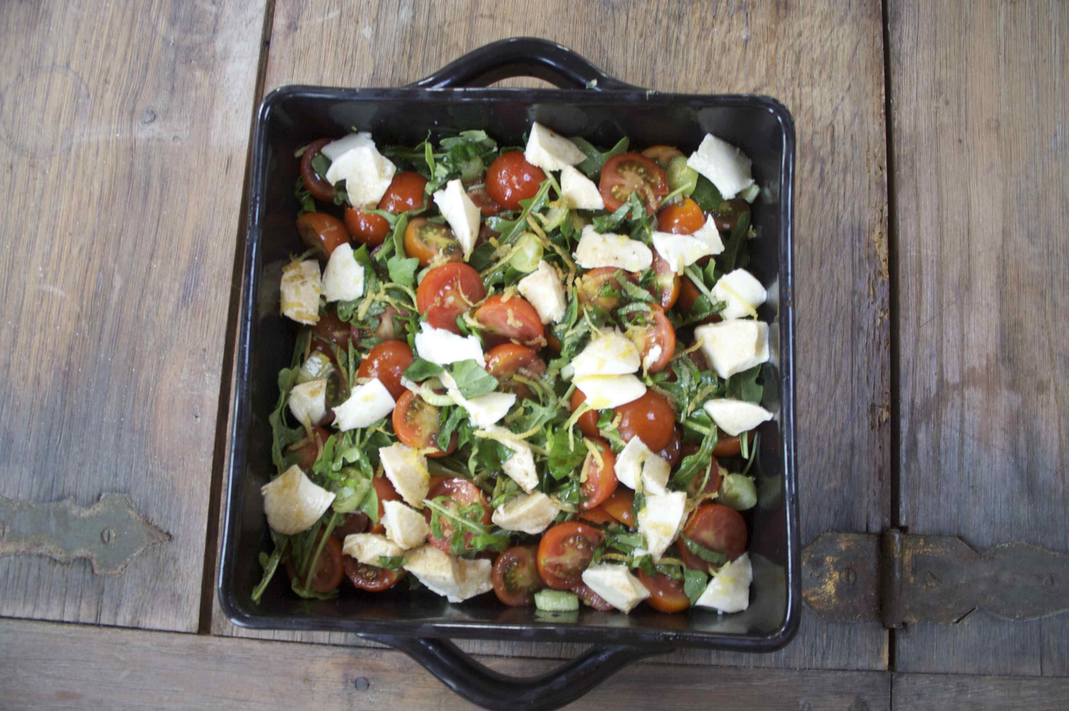 mélimélo_mozza_roquette_tomates_cerise.jpg