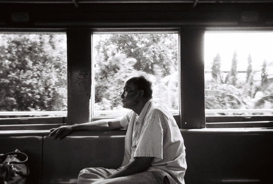 5H Train to Kanchanaburi