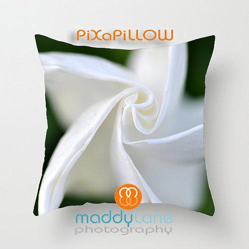 White Swirl Bloom 16209