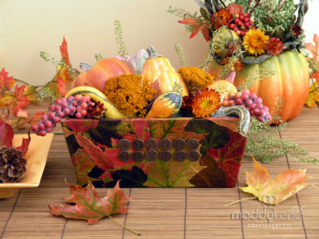 DIY Bountiful Thanksgiving box ~  Thanksgiving  Decor