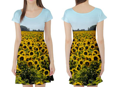 Short sleeve Fit-&-Flare Dress / SUNFLOWER FIELD
