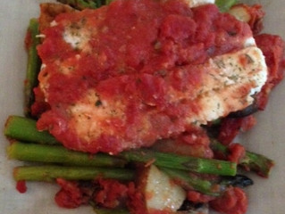 Flounder with Chopped Tomatoes, Asparagus, Mushrooms & Potatoes