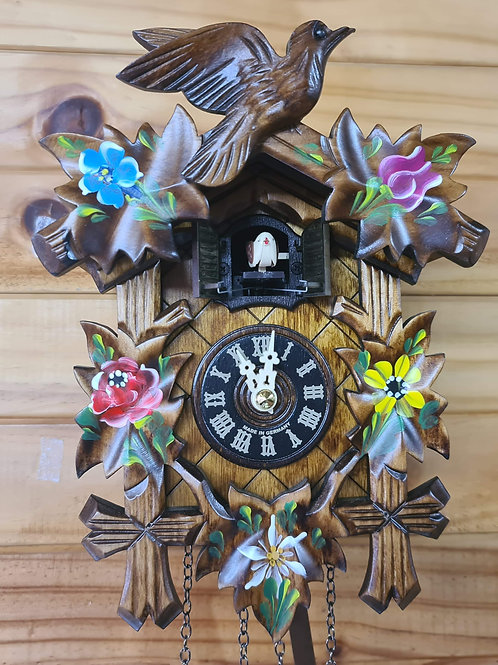 Quartz Cuckoo Clock With Flowers