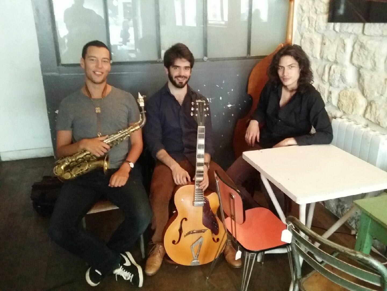 STA Trio groupe