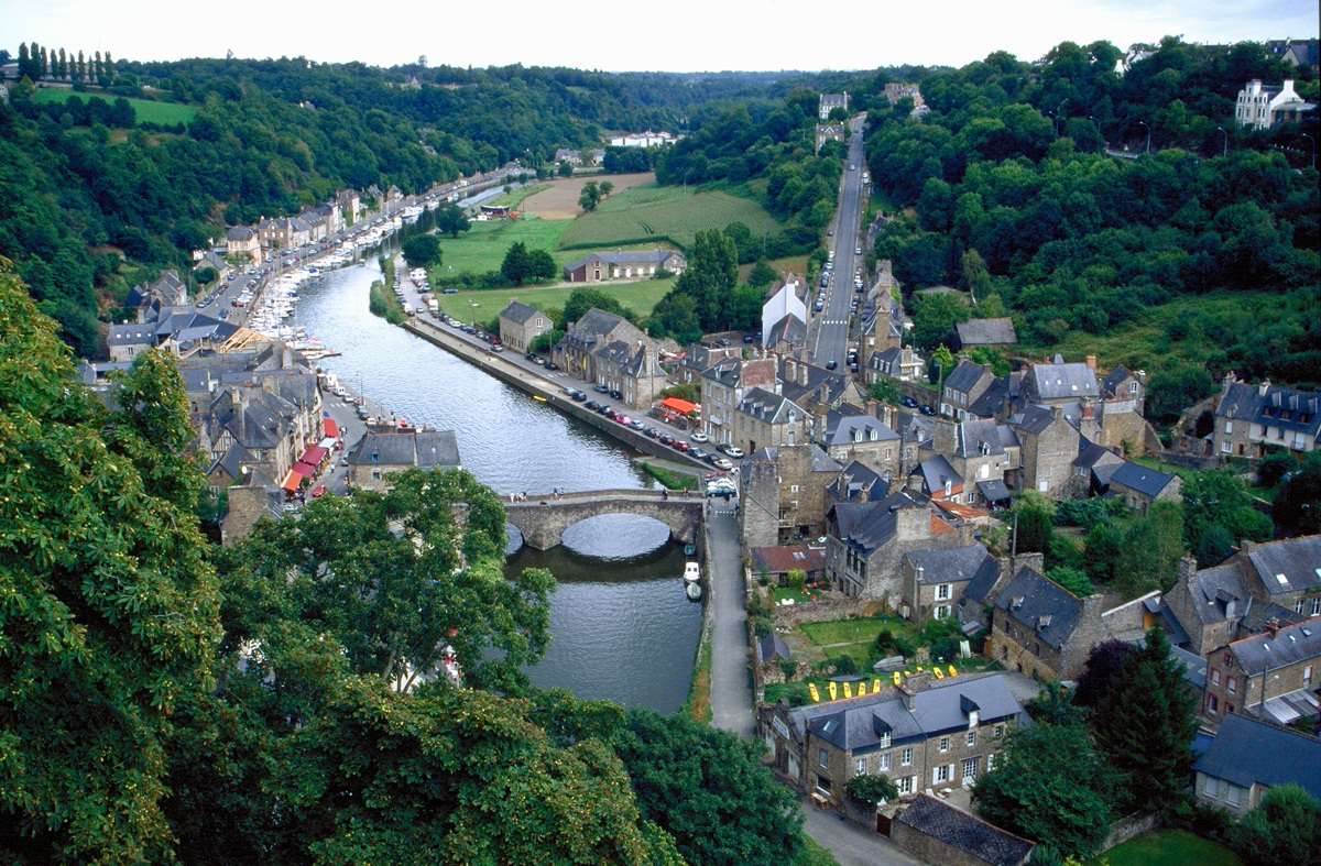 Dinan ( Bretagne )