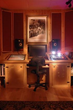 old desk pic.jpg
