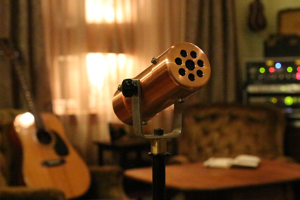 Singer-Songwriter session.  Copperphone, acoustic guitar, pad & pen.