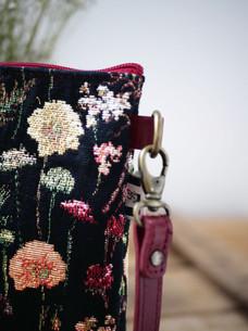 """Sac bandoulière de la collection """"Des Fleurs en Hiver"""" (ref 8972.76) Royal Tapisserie / Shoulder bag tapestry"""