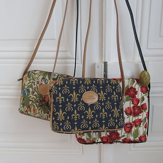 tapestry handbag bag tapestry royal tapisserie france french lys