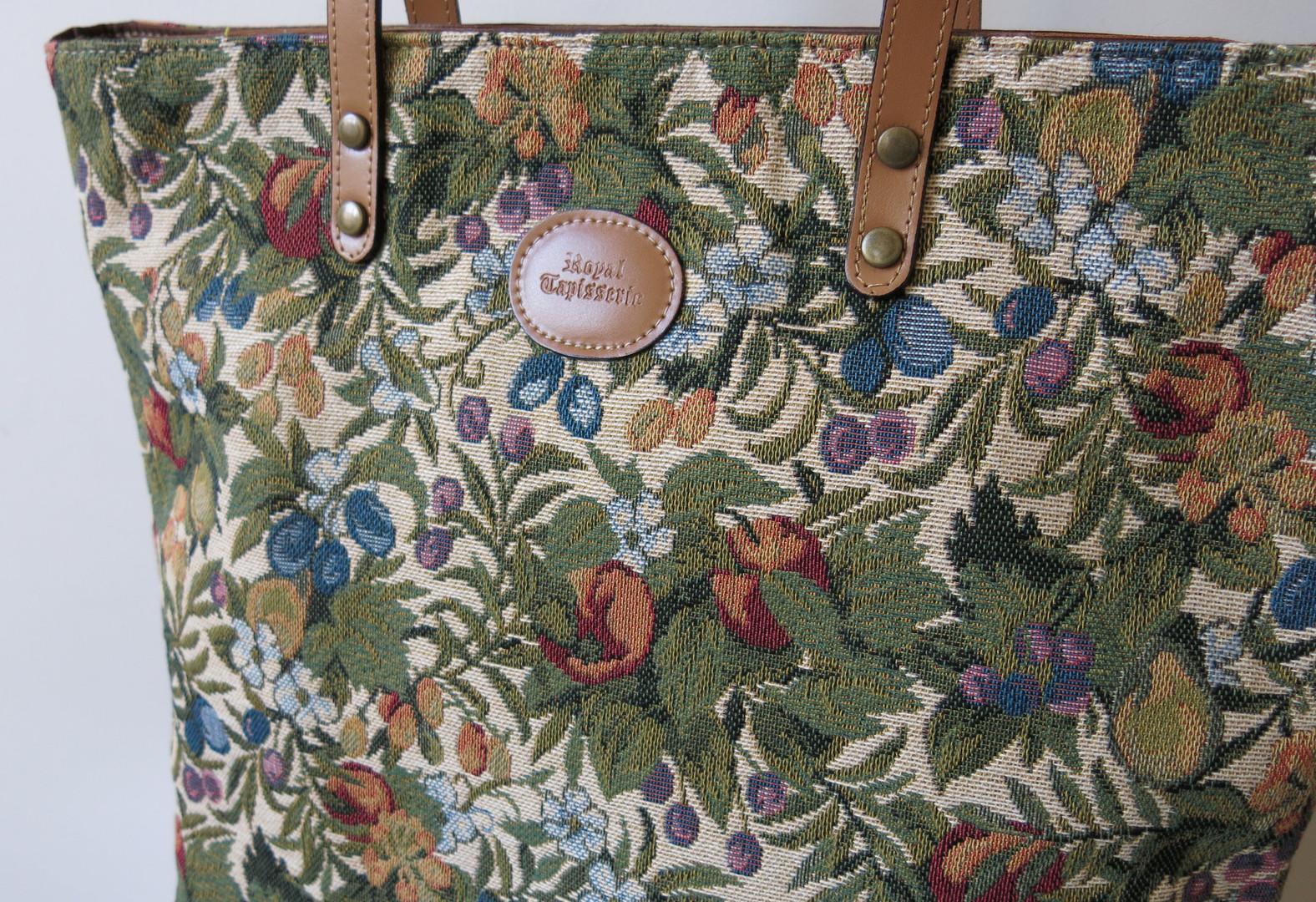 "Sac shopping de la collection ""Fleurs de Prunier"" (ref 8976.1) Royal Tapisserie / Shopping bag tapestry"