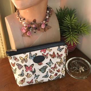 "Grande pochette dessin ""Papillons"" (ref 8917.68) Royal Tapisserie / Pencil case tapestry"