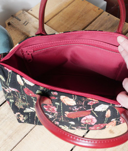 """Sac à main de la collection """"Des Fleurs en Hiver"""" (ref 8945.76) Royal Tapisserie / Handbag tapestry"""
