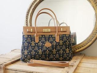 sac à main Royal Tapisserie fleurs de lys coussin pencil case tote bag handbag tapestry royal handbag tapestry lilies flowers france