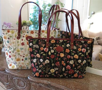Sac trotter Royal Tapisserie fleurs handbag tapestry shoulder bag trousse pochette sac à main tapiserie musée