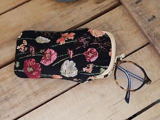 sac à main Royal Tapisserie fabriqué en france coussin tapisserie murale pencil case tote bag handbag tapestry royal handbag tapestry fleurs lilies flowers france cushion