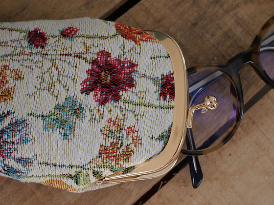 Etui lunettes fleurs Royal Tapisserie pochette trousse coussin handbag tapestry cushion pencil case glasses flower garden