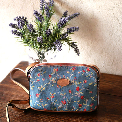 tapestry bag royal tapisserie paris royale flowers palace versailles tapestry from france made in france royal tapisserie