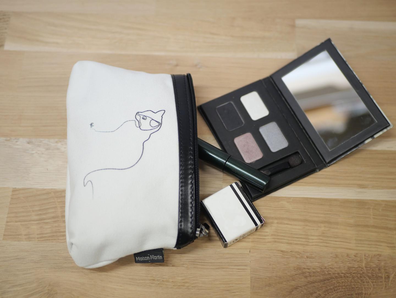"""Quibe Trousse à maquillage """"Chat blanc"""" Référence 8850CB"""