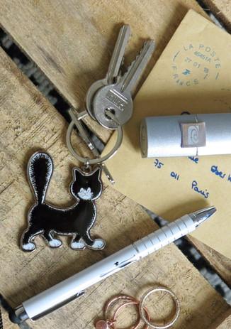 Cadeau de fin d'année pour la maîtresse n°2 : Le porte clé Les Chats de Dubout