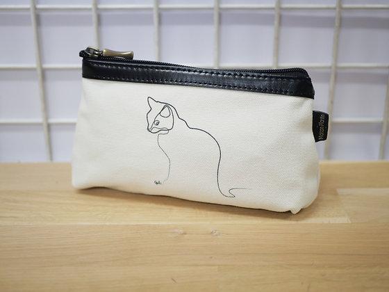 quibe trousse chat blanc fabriqué en france dessinateur français illustrateur quibe affiche poster tatouage