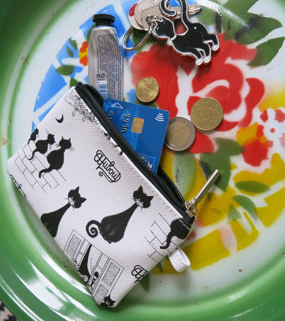 Cadeau pour la maîtresse n°4 : la petit pochette Les Chats de Dubout