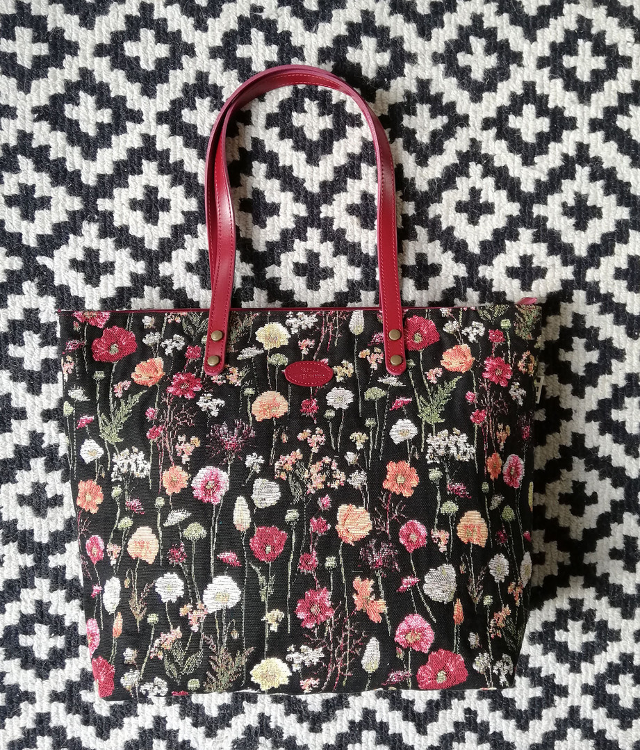 "Sac shopping de la collection ""Des Fleurs en Hiver"" (ref 8976.76) Royal Tapisserie / Shopping bag tapestry"