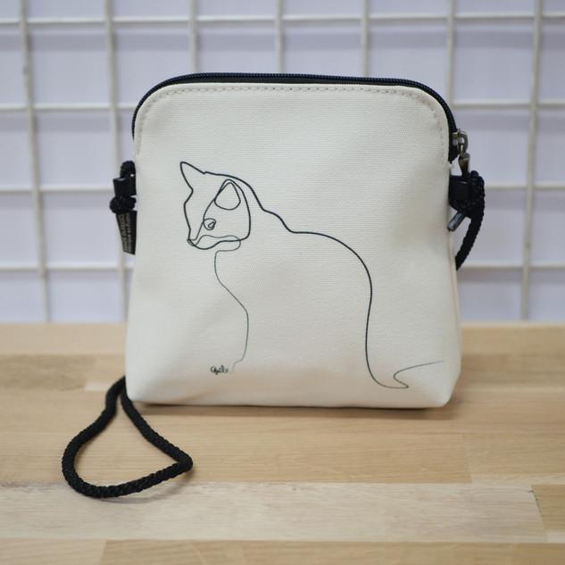 """Petit sac cordon QUIBE """"Chat Blanc"""" Référence 8971CB"""