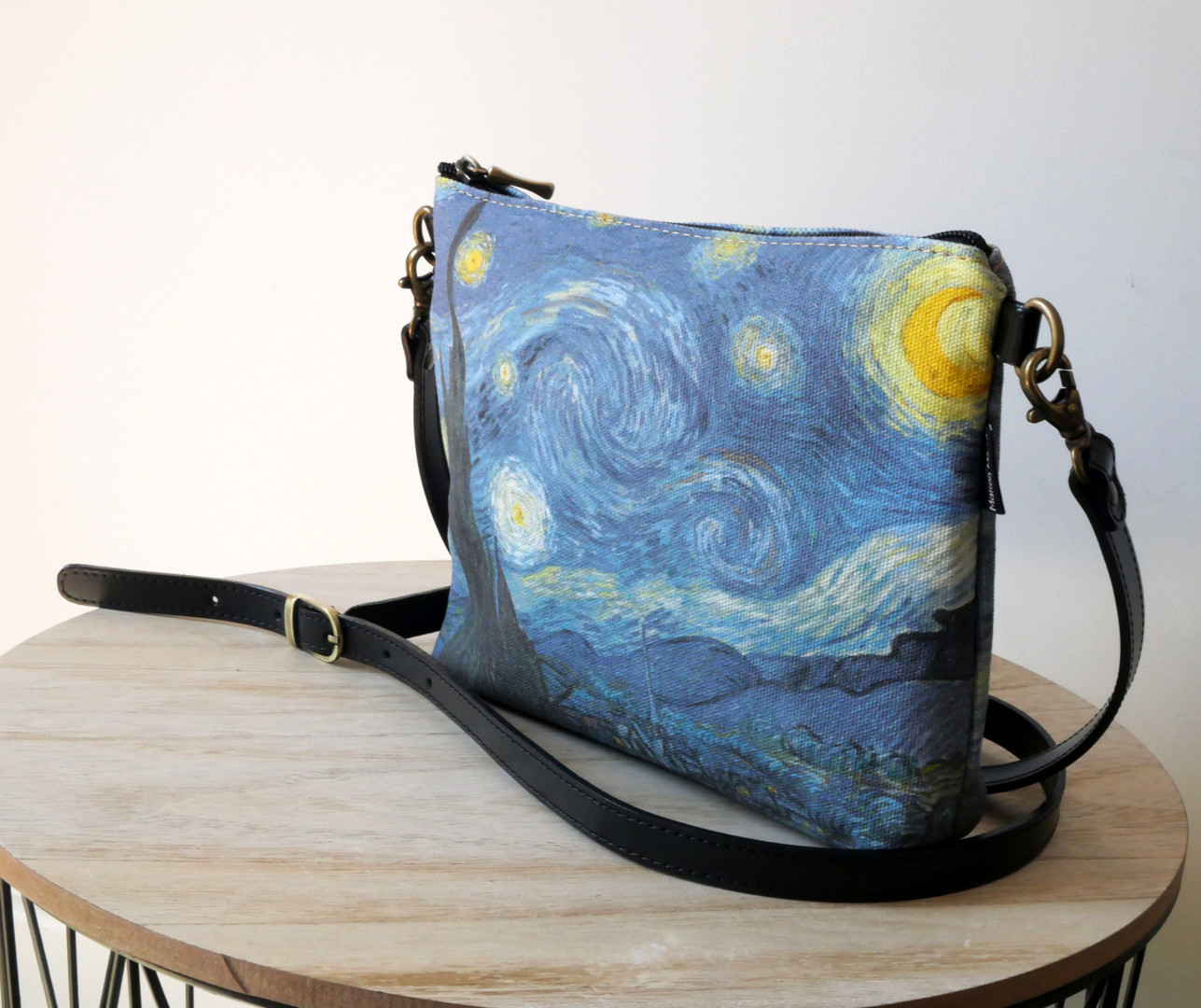 Maison Martin par Royal Tapisserie sac bandoulière Nuit Etoilée de Van Gogh (référence 8972V6)