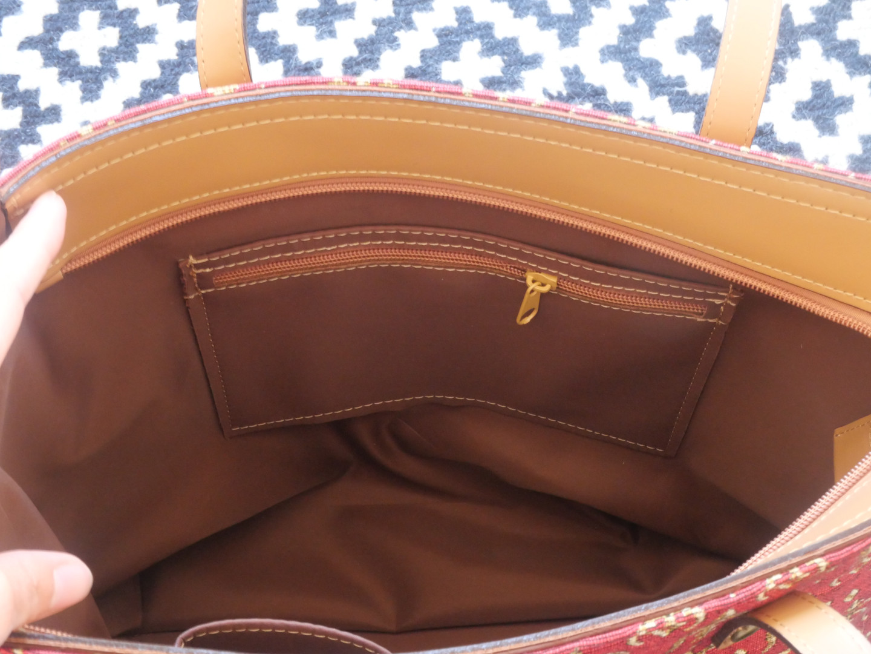 """Sac shopping de la collection """"Fleurs de Lys rouge"""" (ref 8976.83) Royal Tapisserie / Shopping bag tapestry"""